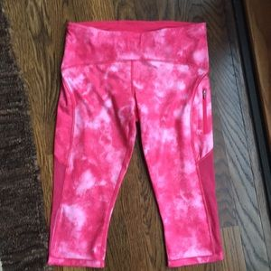 Like new lulu lemon Crop pants